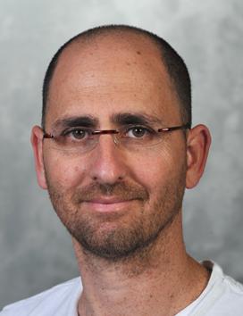 Dr. Shahak Yariv