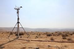 The Mobile Lab -Yatir desert June 2011 picture no. 4