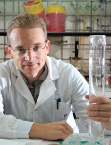 Prof. Boris Rybtchinski