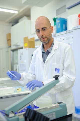 Dr. Gad Asher