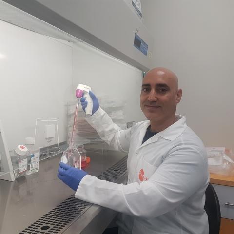 Dr. Gilad Kunis