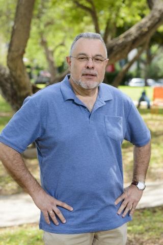 Prof. Mike Fainzilber