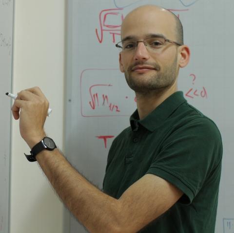 Dr. Ohad Shamir