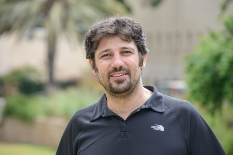 Dr. Kobi Abramson