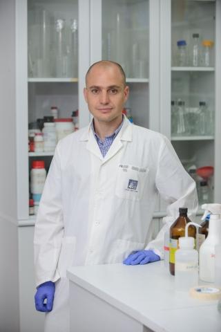 Dr. Ziv Shulman