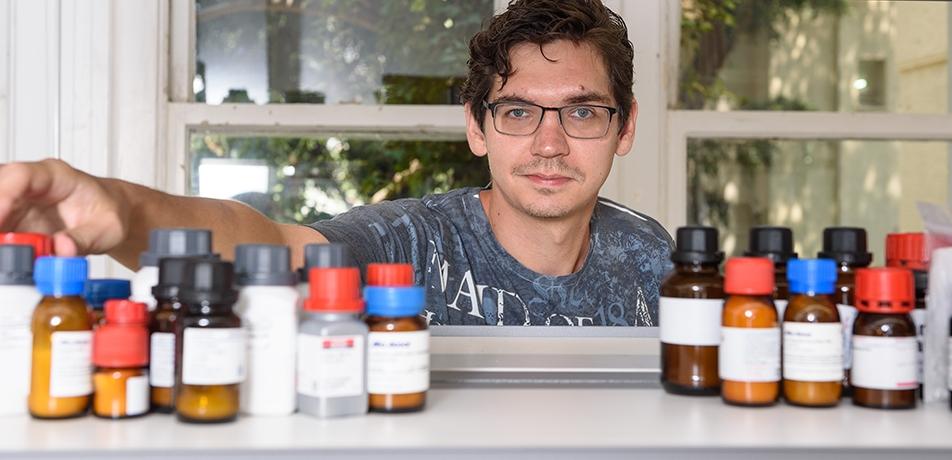 Dr. Sergey Semenov