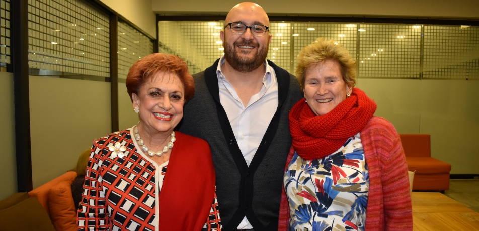 (L-R) Martha Flisser, President of the Mexican Friends Association; Dr. Jacob Hanna; and Ana Flisser, a member of the Mexican Association of Friends and PECEM Coordinator at the Faculty of Medicine at the Universidad Nacional Autónoma de Mexico.