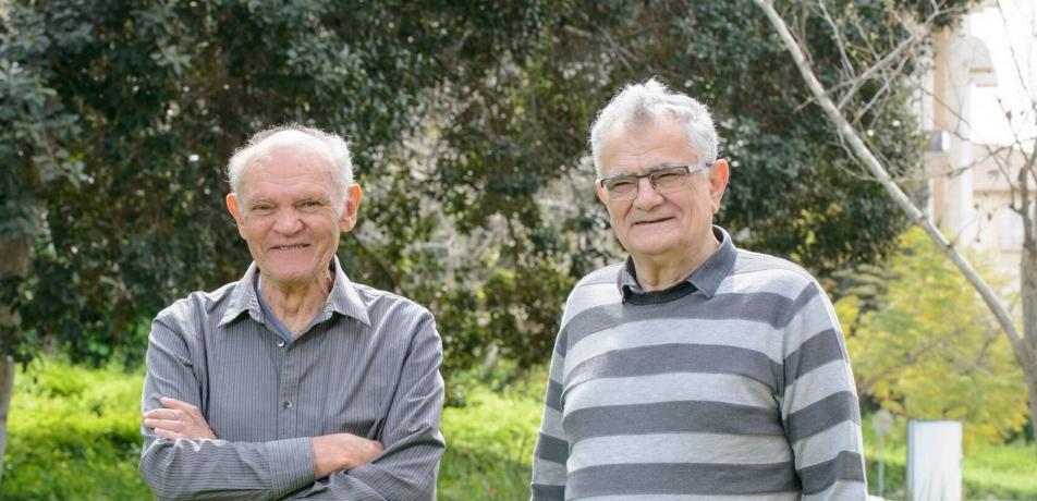 Prof. Leslie Leiserowitz (left) and Prof. Meir Lahav