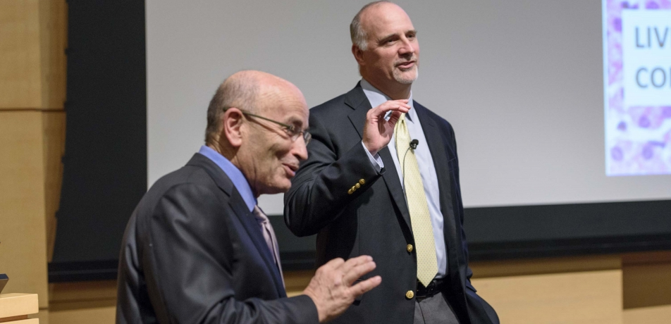 (L-R) Prof. Avigdor Scherz, incumbent of the Yadelle and Robert N. Sklare Professorial Chair in Biochemistry, Department of Plant and Environmental Sciences, Weizmann Institute; and Jonathan A. Coleman, MD, Associate Professor and Urologic Surgeon, Memorial Sloan Kettering Cancer Center. (Credit: Richard DeWitt)