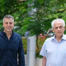 L to R: Prof. Dan Tawfik, Prof. Reshef Tenne