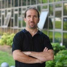Dr. Alon Pinto