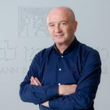 Prof. Daniel Zajfman