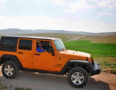 2013 - Lab Trip: Jeeps in the Judean Desert picture no. 5