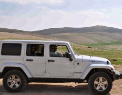 2013 - Lab Trip: Jeeps in the Judean Desert picture no. 6