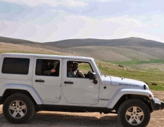 2013 - Lab Trip: Jeeps in the Judean Desert picture no. 7