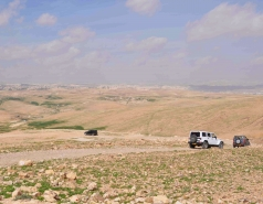 2013 - Lab Trip: Jeeps in the Judean Desert picture no. 38