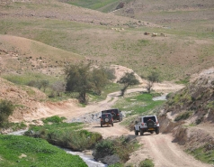 2013 - Lab Trip: Jeeps in the Judean Desert picture no. 50