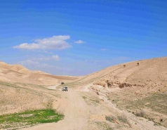 2013 - Lab Trip: Jeeps in the Judean Desert picture no. 156