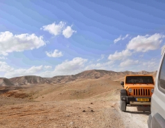 2013 - Lab Trip: Jeeps in the Judean Desert picture no. 160