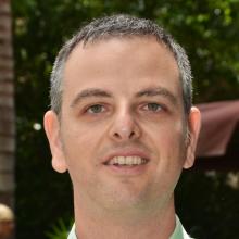 Dr. Daniel Harari