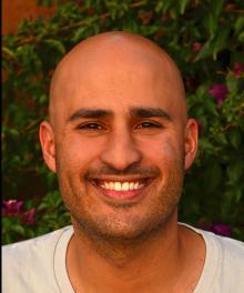 Dr. Dvir Gur